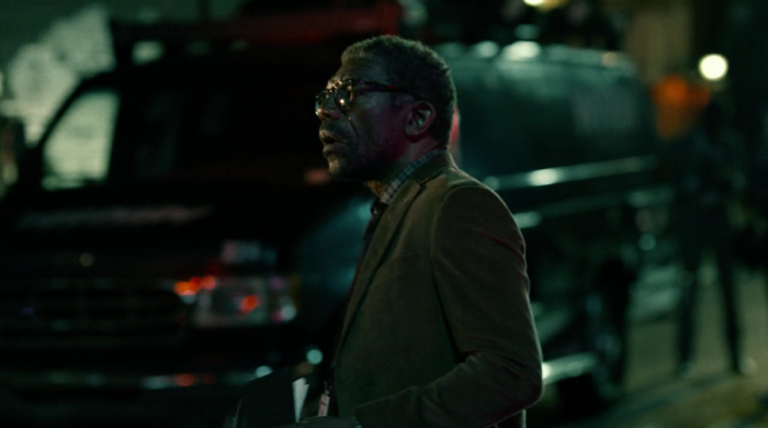 Ben Urich on the scene where Matt and Vladimir are, as seen in episode six of Marvel's Daredevil on Netflix
