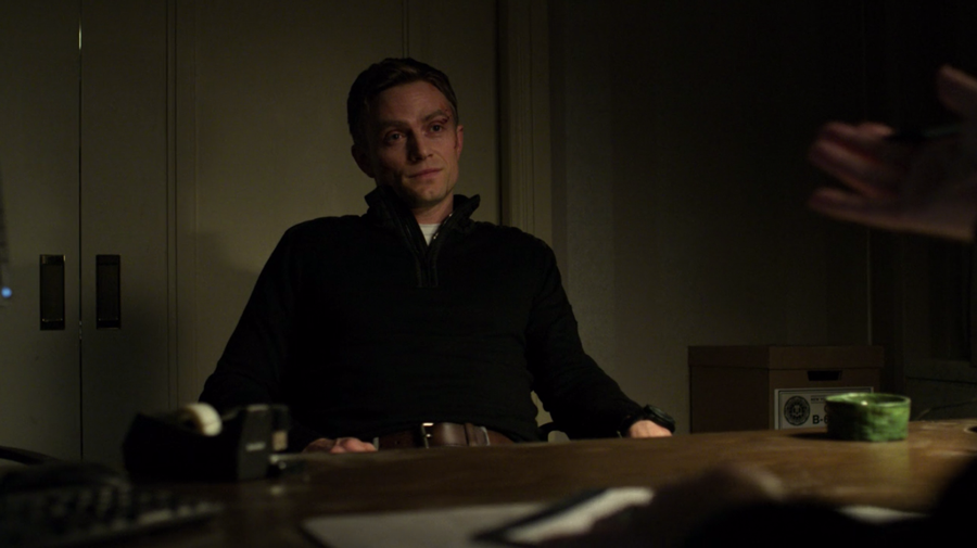"Agent ""Dex"" Poindexter at the therapist's office, as seen in Marvel's Daredevil, season three episode three"